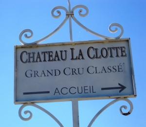 La Clotte Sign 300x262 Chateau La Clotte St. Emilion Bordeaux, Complete Guide