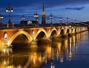 bordeaux bridge and river 300x232 Guide to Medoc Bordeaux Wine Margaux St. Julien Pauillac St. Estephe