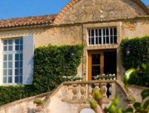 dArche Sauternes 300x229 Chateau dArche Sauternes Bordeaux, Complete Guide