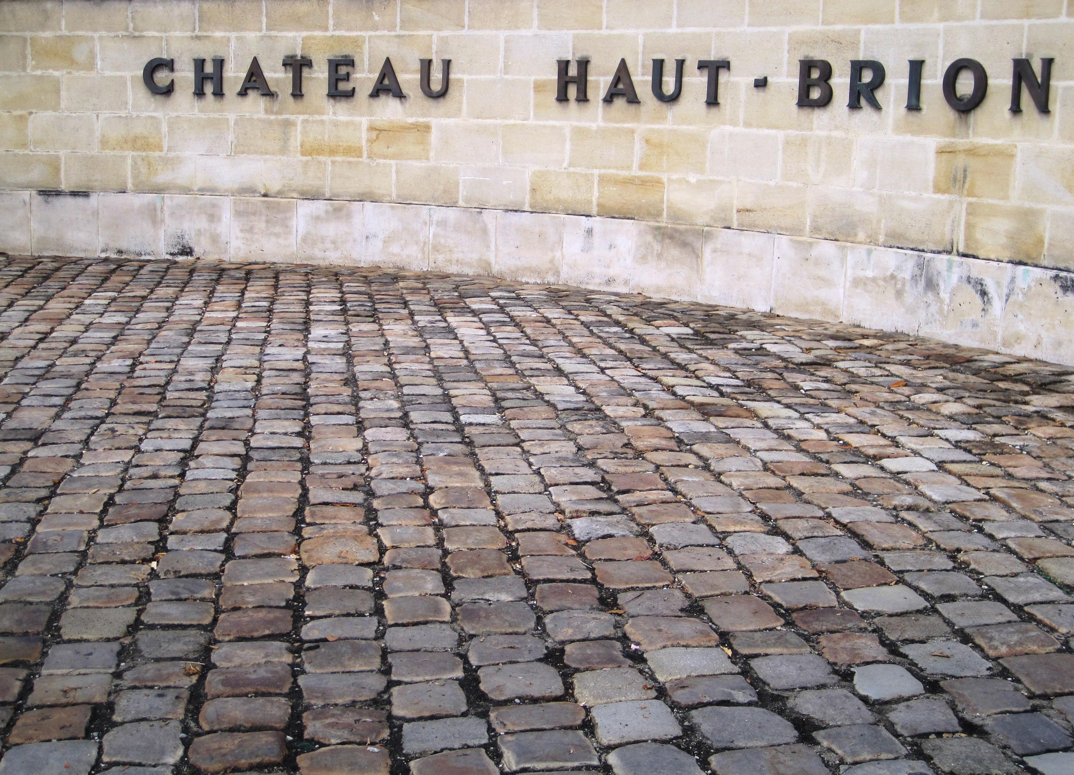 Chateau Haut-Brion  2005 Bordeaux Red Blends Wine Red Blends Wine