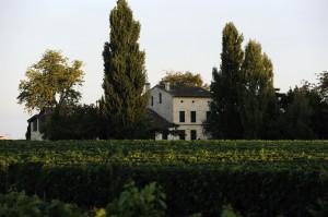 la grave 300x199 Chateau La Grave Pomerol Bordeaux, Complete Guide