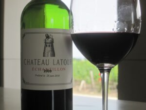 Latour 09 300x225 2009 Pauillac Vintage A full report from First Growth to Fifth Growth!