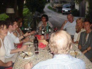 la clotte dinner 300x225 2009 St. Emilion Bordeaux Wine Pt 1 2009 Vintage Report
