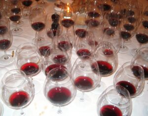 7 BLIND MATH GLASSES TOP 300x235 7 Blind men taste La Turque, Chateau Margaux, Lafleur, Pavie and more!