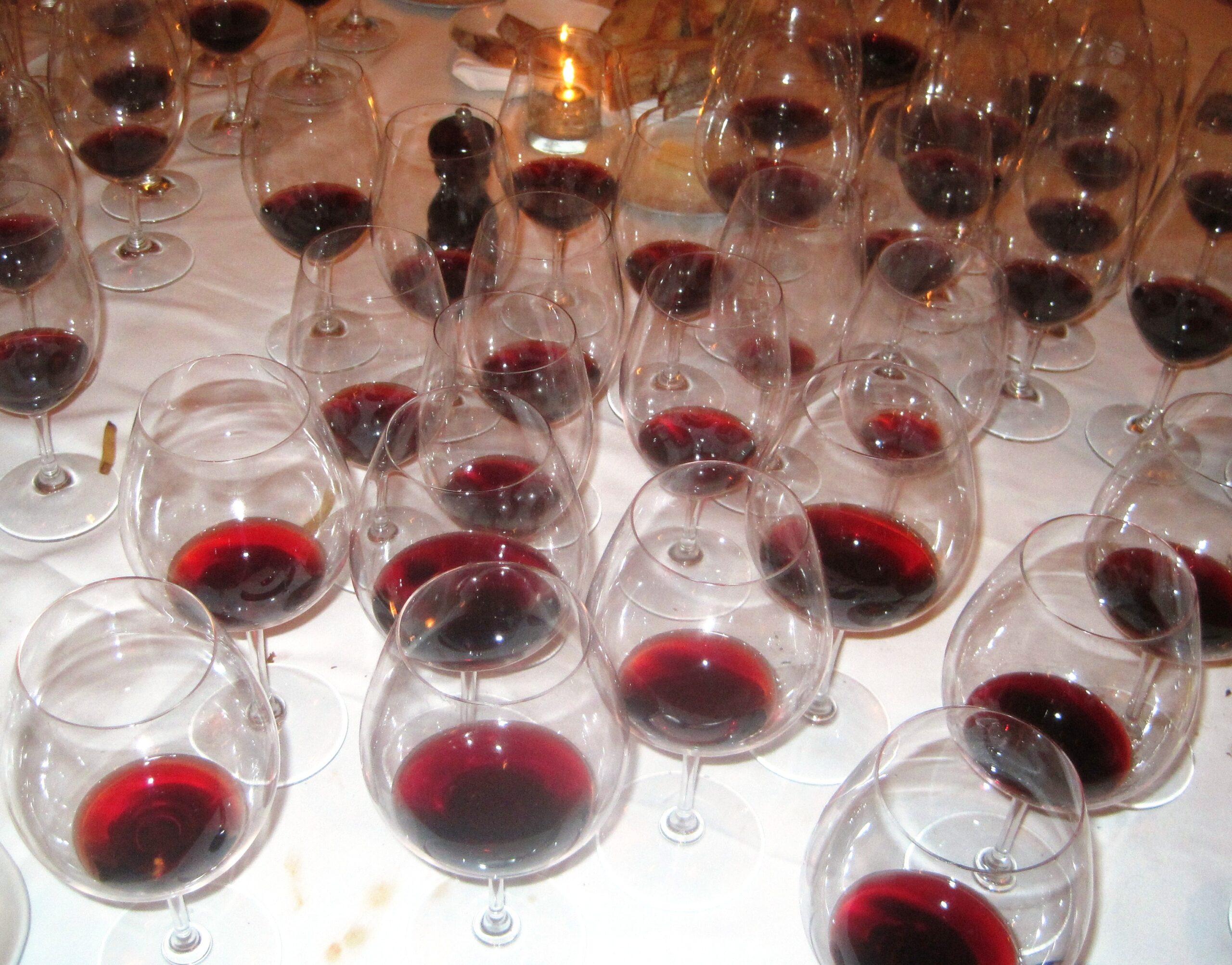 7 Blind men taste La Turque, Chateau Margaux, Lafleur, Pavie and more!