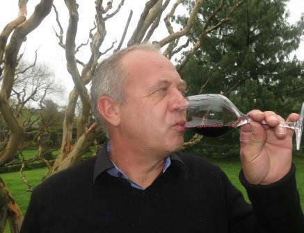 Derenoncourt Wine Domaine de lA  Cotes de Castillon Bordeaux, Complete Guide
