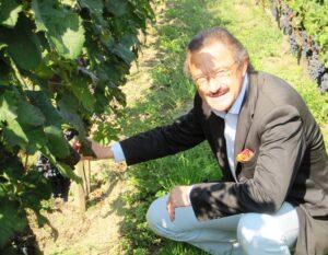 Mondotte 300x233 Stephan von Neipperg 2009 St. Emilion is a Historic Bordeaux Vintage!