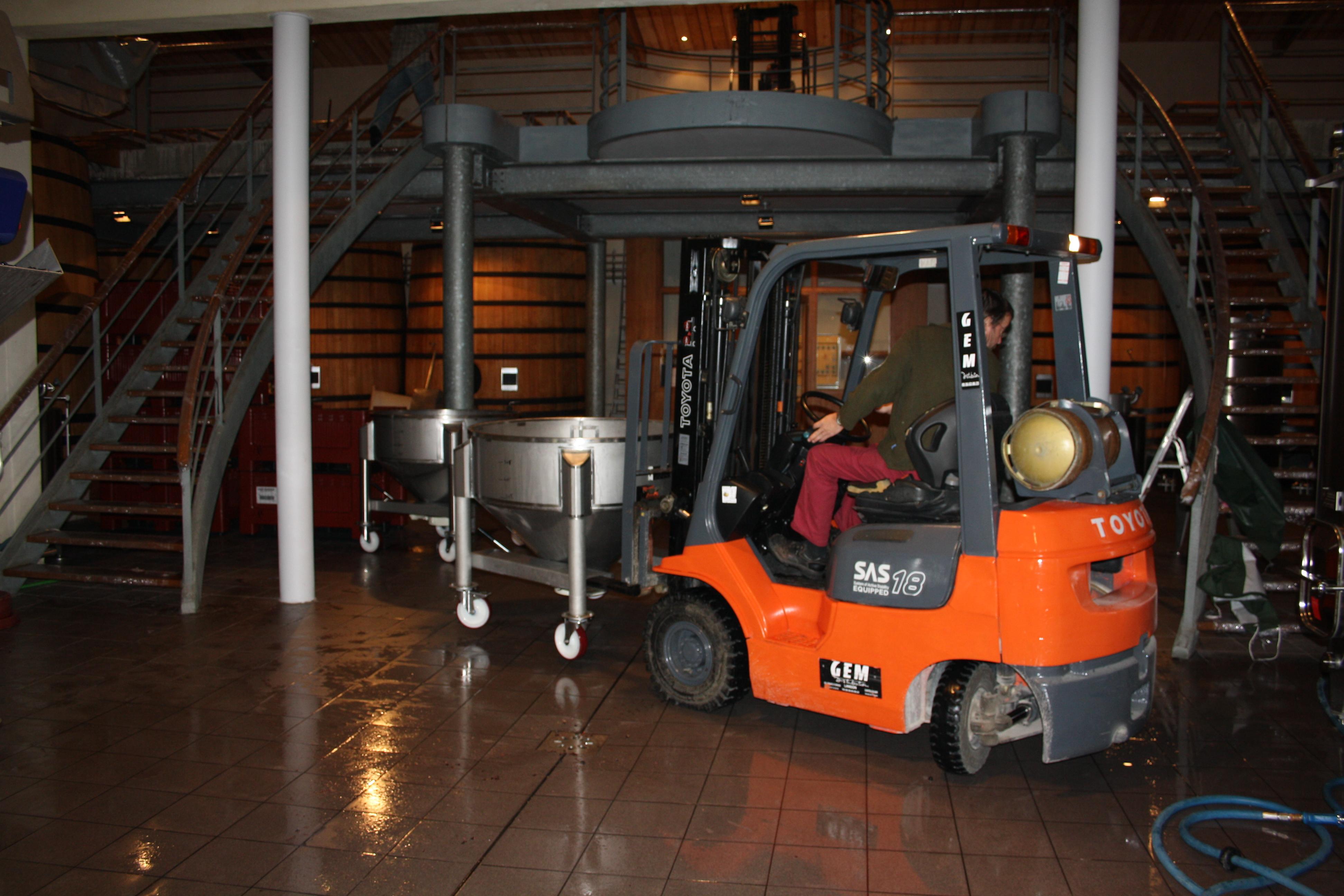 2010 Bordeaux harvest Vat Room