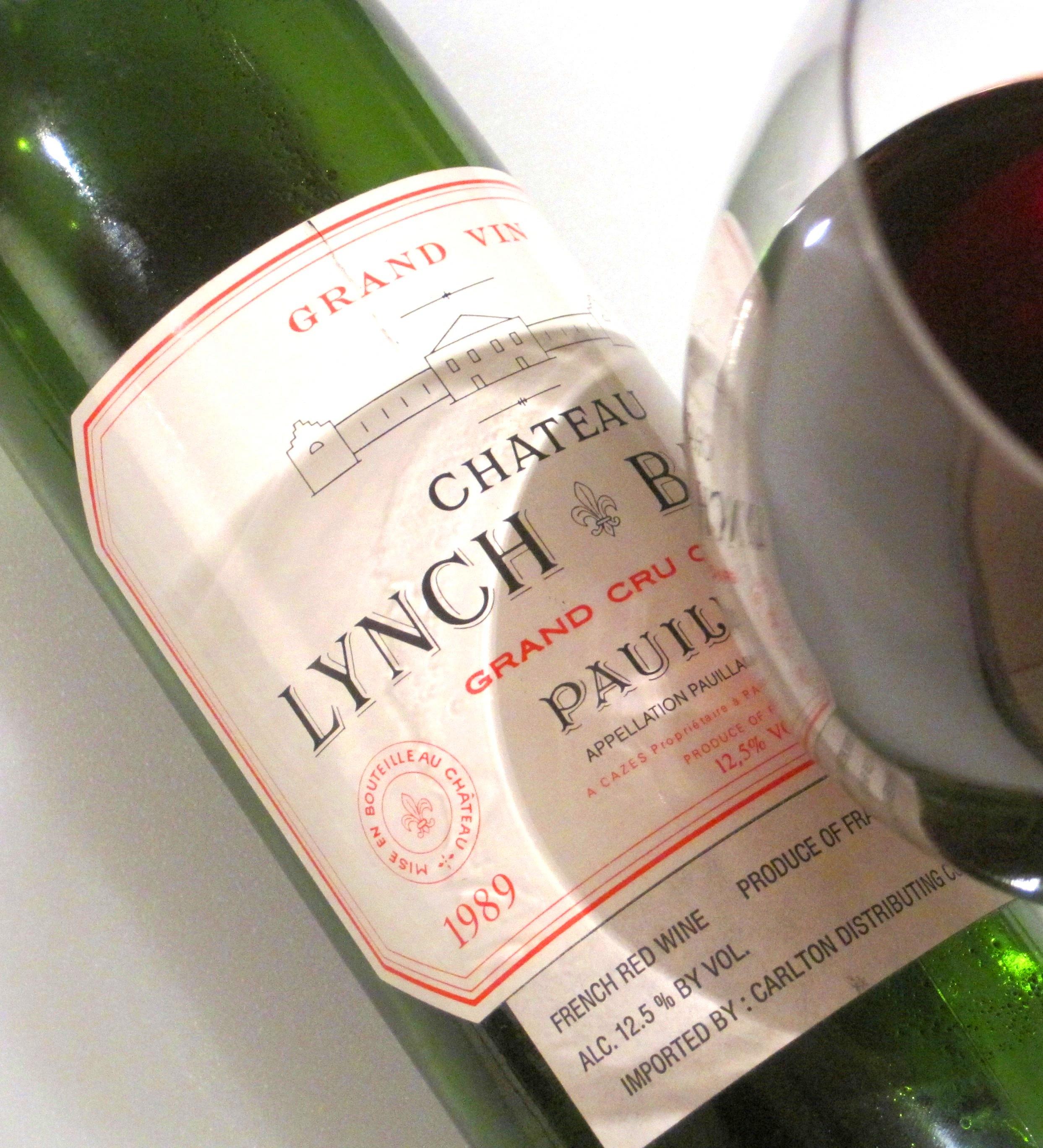 lynch bages 89 bottle & glass side