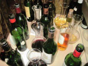 7 blind year end 10 bottles looking down 300x225 7 Blind Men Bordeaux Wine Blind Tasting Yields Interesting Results