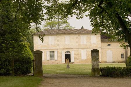 Chateau Brown1 Chateau Brown Pessac Leognan Bordeaux Wine, Complete Guide