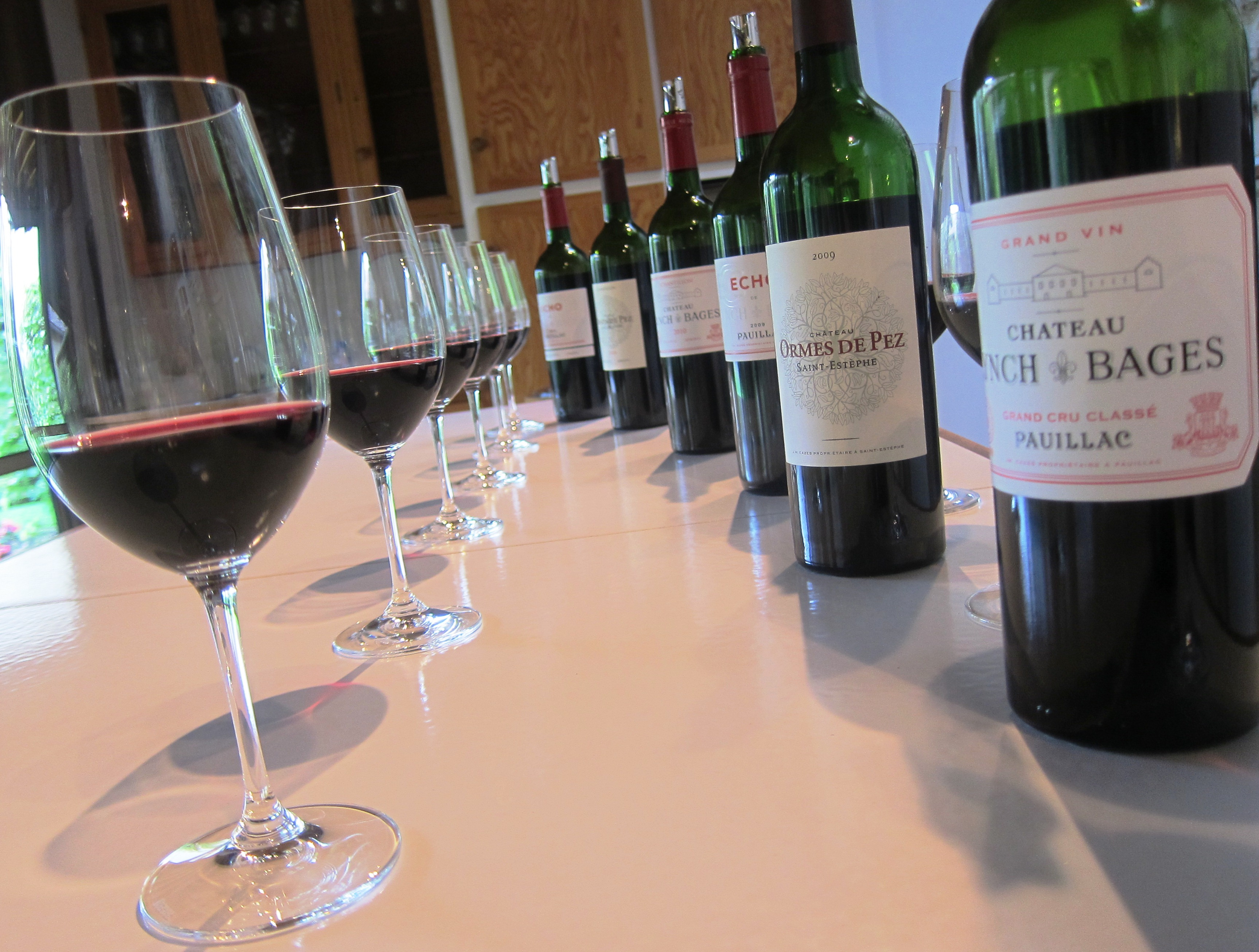 Chateau Lynch-Bages  2010 Bordeaux Red Blends Wine Red Blends Wine