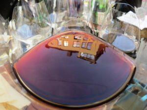 Dusseldorf wine in glass 300x225 Traveling to Bordeaux Hijacked by Dusseldorf Cellar Devils