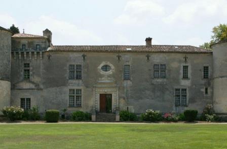 Haut Carles Chateau