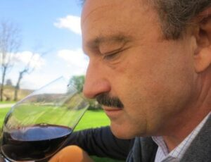 April St. Emilion Stephan Neipperg 300x230 2012 St. Emilion Bordeaux Wine Tasting Notes in Barrel Ratings
