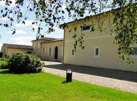 La Cabanne Chateau1 Chateau La Cabanne Pomerol Bordeaux, Complete Guide