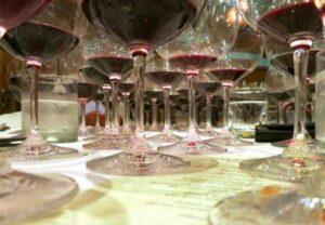 2003 Chinois Glasses 300x208 7 Blind Men Taste the Great 2003 Bordeaux Wine 2003 Rhone Wine