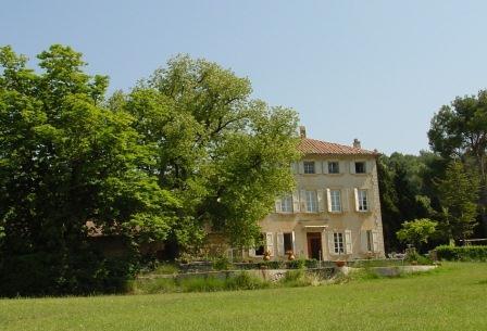 Chateau de Saint Cosme Chateauneuf du Pape Rhone Wine, Complete Guide