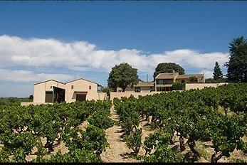 roger perrin Domaine Roger Perrin Chateauneuf du Pape Rhone Wine, Complete Guide