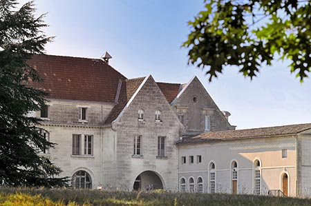 Domaine de Solitude Domaine de la Solitude Pessac Leognan Bordeaux, Complete Guide