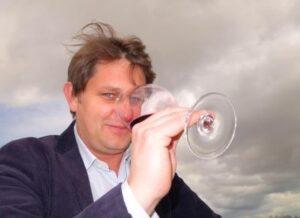 Aymeric de Gironde 300x218 2014 St. Estephe Wine Tasting Notes, Ratings, Vintage Report