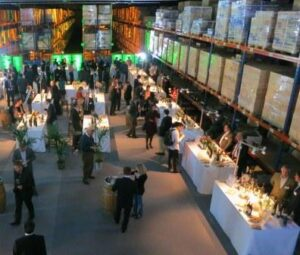 Bordeaux Negociant 300x255 2015 Bordeaux En Primeur Tastings, The Future of the Futures Campaign