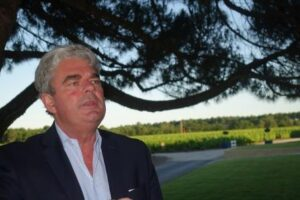 Olivier Bernard Domaine de Chevalier 300x200 Wine of the Week 2013 Domaine de Chevalier Blanc